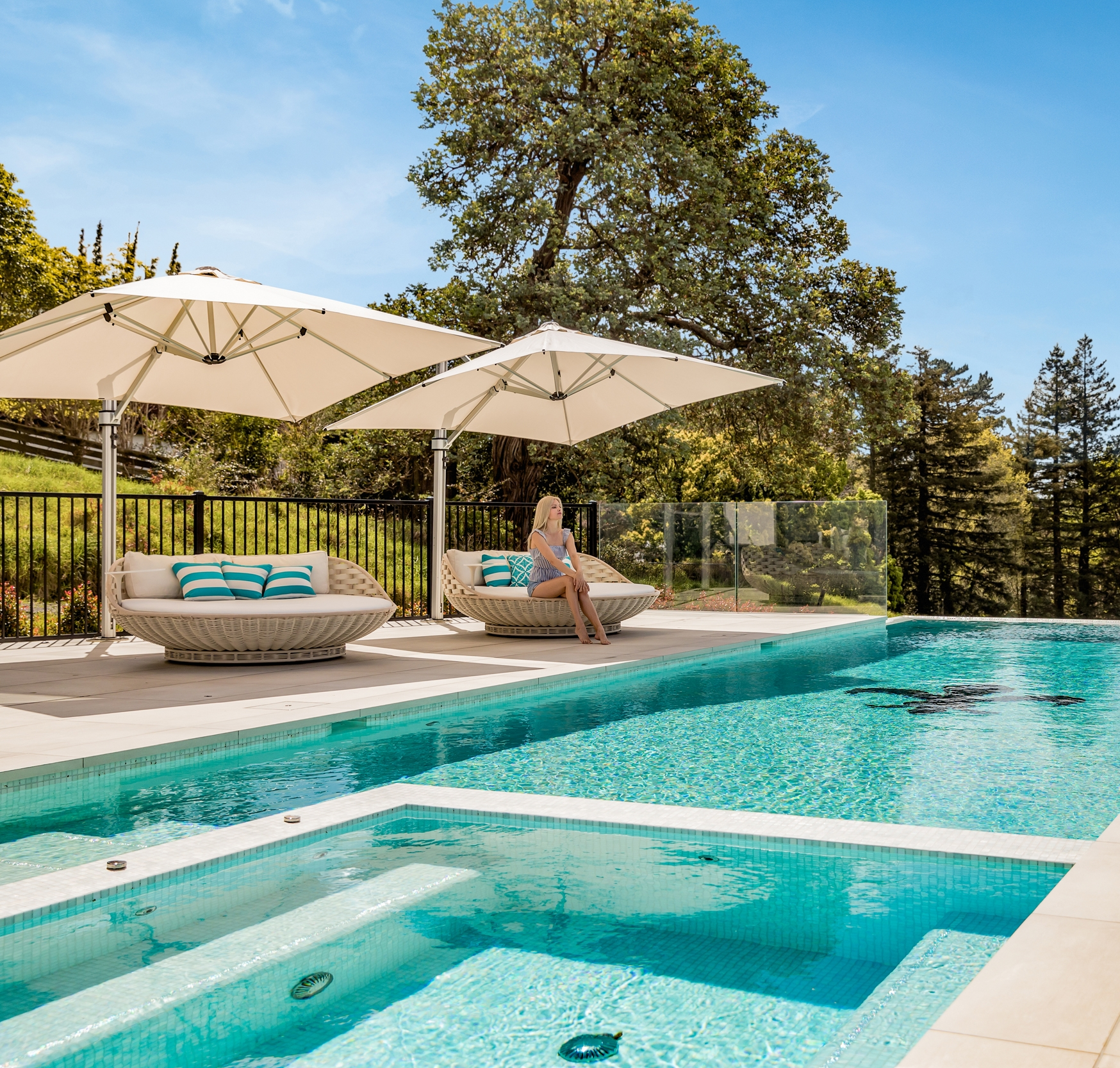 Riviera White Cantilever Umbrella By Pool