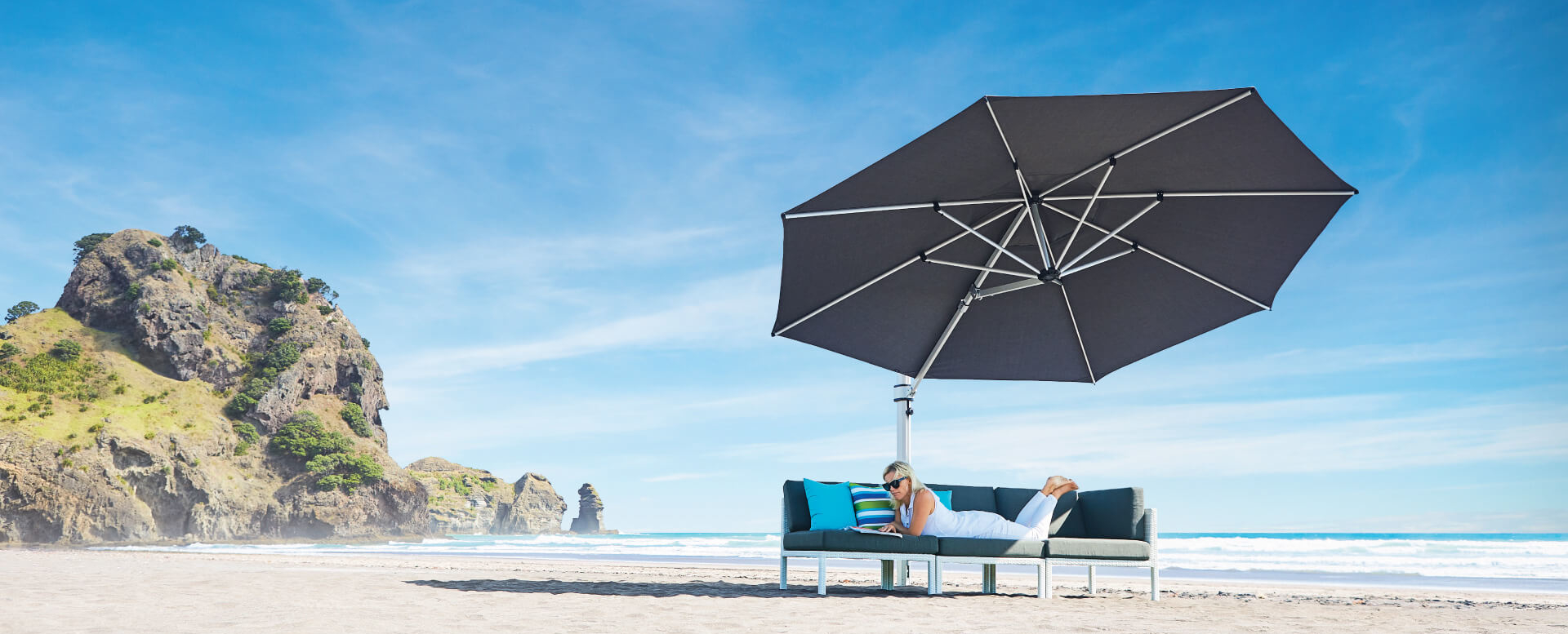 Large Charcoal Grey Cantilever Umbrella NZ