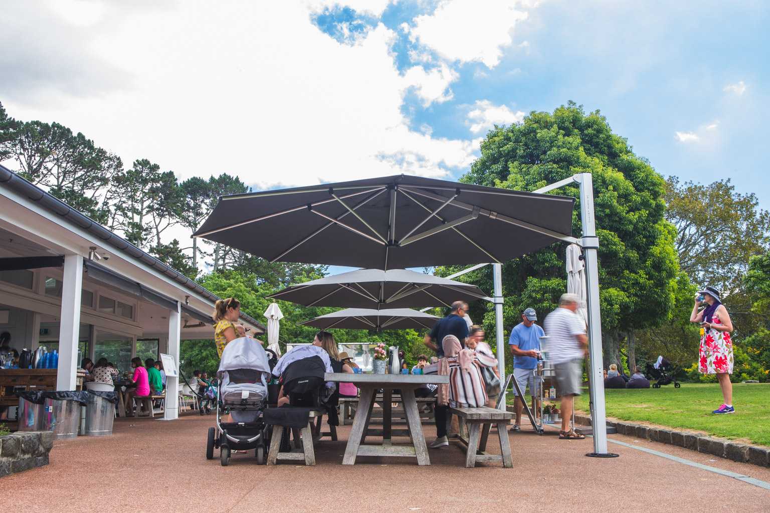 Cornwall Park Cafe Riviera Cantilever Umbrella