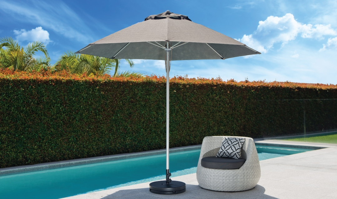 Fibreglass Market Umbrella 2.7m Charcoal
